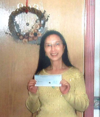 annette with cheque